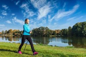 走路也能延长寿命揭秘最正确的走路方法