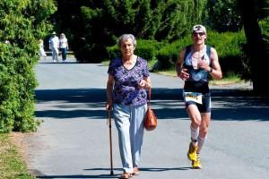 跑1300公里回家跑步的好处有哪些